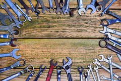 Ferramentas na tabela de madeira velha Imagem de Stock Royalty Free