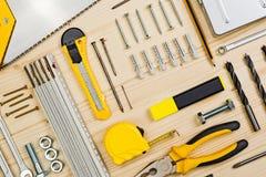 Ferramentas sortidos da carpintaria e da carpintaria ou da construção Fotografia de Stock