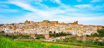 Ferrandina biała stara grodzka panorama Matera Basilicata, Włochy Obraz Royalty Free