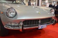 Ferrari 330 γκρι χρώματος της GT 2+2, έτος 1964, στην εκλεκτής ποιότητας έκθεση αυτοκινήτων σε Πάδοβα 2015 Στοκ εικόνες με δικαίωμα ελεύθερης χρήσης