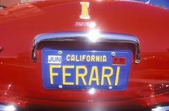 Μια πινακίδα αριθμού κυκλοφορίας Ferrari στο φεστιβάλ αθλητικών αυτοκινήτων Ferrari στο Μπέβερλι Χιλς, Καλιφόρνια Στοκ Εικόνες