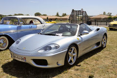 Μεταλλικό γκρίζο Ferrari 360 αράχνη Στοκ φωτογραφίες με δικαίωμα ελεύθερης χρήσης