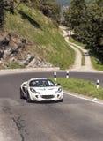 Ferrari-auto die op een weg lopen Royalty-vrije Stock Foto