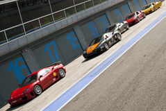 Ferrari aux Di Monza d'Autodromo Photographie stock libre de droits