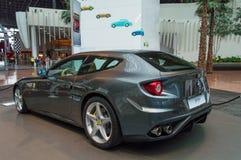 Ferrari Californië in Abu Dhabi Stock Afbeelding