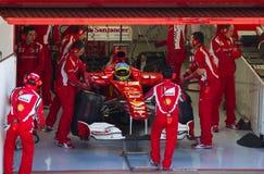Ferrari dans la piqûre Images libres de droits