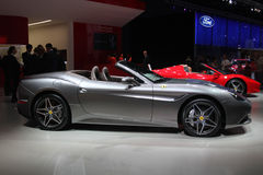 Ferrari an der Paris-Autoausstellung Lizenzfreie Stockfotografie