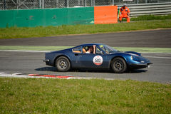 Ferrari Dino 246 alla concorrenza di Mille Miglia Tribute Immagine Stock