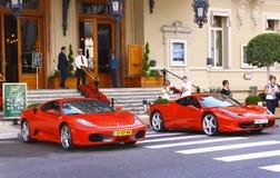 Ferrari en dehors de casino Photos libres de droits