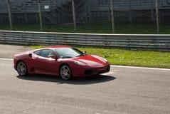 Ferrari en los di Monza de Autodromo Imagenes de archivo