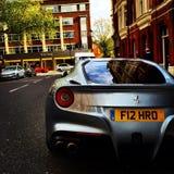 Ferrari F12 in London Lizenzfreie Stockbilder