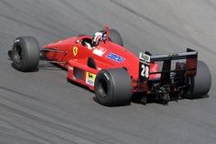 Ferrari F1 histórico en la pista Fotografía de archivo