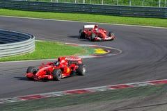 Ferrari F1 histórico en la pista Foto de archivo