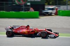 Ferrari formel en som är drivande vid Sebastian Vettel Royaltyfri Bild