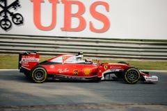 Ferrari-Formule 1 in Monza door Kimi Räikkönen wordt gedreven die Stock Afbeelding