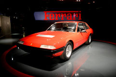 Ferrari 365 GT4 2+2 in Museo dell'Automobile Nazionale Royalty-vrije Stock Afbeeldingen