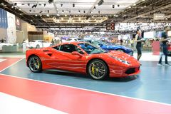 Ferrari 488 GTB sportscar jest na Dubaj Motorowym przedstawieniu 2017 Fotografia Stock