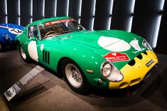 Ferrari 250 GTO green and yellow stock images