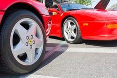 Ferrari hjul och kanter på detaljen Royaltyfri Foto