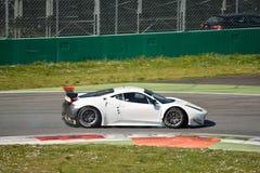 Ferrari 458 Italia GT2 på Monza Royaltyfria Foton
