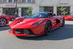 Ferrari LaFerrari på skärm Arkivbild