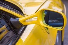 Ferrari maserati e lamborghini super sportowi samochody jadą dolinnego Modena zdjęcie stock