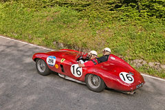 Ferrari 750 Monza-Spin Scaglietti (1954) in Mille Miglia 2016 Stock Afbeeldingen