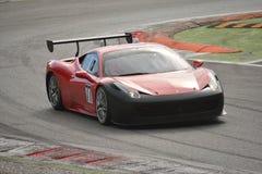 Ferrari 458 Pellin för tävlings- lag utmaning Evo 2016 Fotografering för Bildbyråer