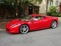 Ferrari rojo en Georgetown Foto de archivo