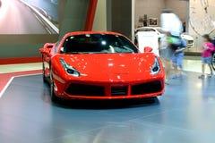 Ferrari 488 sportscar GTB is bij de de Motorshow 2017 van Doubai Stock Afbeeldingen