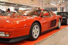 Ferrari Testarossa koloru czerwień, rok 1991 przy rocznik samochodową ekspozycją w Padova, 2015 Obrazy Stock