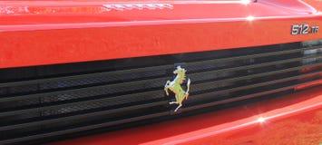 Ferrari 512TR för detalj för bakre sikt klassisk röd sportbil Arkivfoto