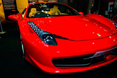 Ferrari 458 utmaning. Arkivfoto