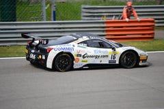 Ferrari utmaning 458 Italia på Monza Arkivfoton