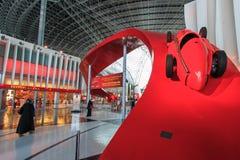 Ferrari-Welt in Yas-Insel in Abu Dhabi Lizenzfreie Stockbilder