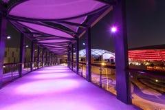 Ferrari-Weltfreizeitpark nachts, Abu Dhabi Lizenzfreies Stockfoto