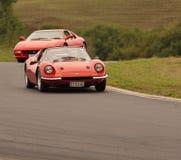 Ferraris in einem Sport-Rennwagen Lizenzfreie Stockfotos