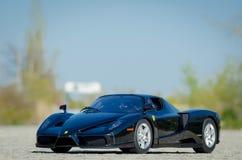 1:18 Ferraris Enzo HotWheels-Auslese druckgegossen lizenzfreie stockfotos