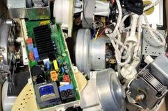 Ferri rotti e motori su un deposito di immondizia Fotografie Stock Libere da Diritti
