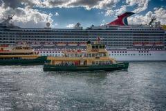 Ferries de Sydney, Quay circulaire, Australie photographie stock
