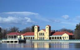 Ferril pawilon w miasto parku Denver i jezioro fotografia stock