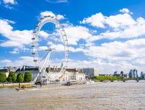 Ferris глаза Лондона катят внутри Лондон видеоматериал