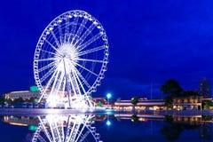 Ferris катит внутри Бангкок стоковые изображения rf