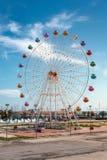 Ferris катит внутри город Pescara стоковые изображения rf