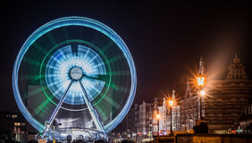 Ferris катит внутри Гданьск, Польшу стоковая фотография