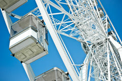 Ferris катит внутри Парижа стоковые изображения
