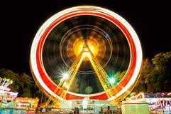 Ferris катит внутри света стоковые фото