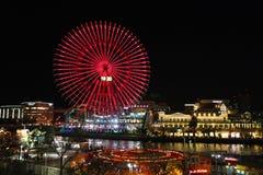 Ferris för Cosmo klocka 21 rullar in Yokohama, Japan Royaltyfria Bilder