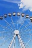 Ferris koło instalujący na Pantiero schronienia terenie w Cannes f Zdjęcie Stock