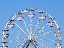 Ferris koło na słonecznym dniu zdjęcie royalty free
